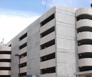 Edificio Estacionamiento Hospital Nacional de Niños
